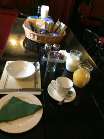 Kirkstone Pass Inn: Breakfast Time