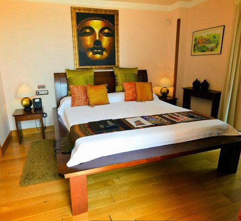 The Marbella Heights Boutique Hotel: Khao Lak  room