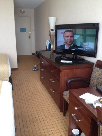Doubletree by Hilton Hotel Denver : Some carpet stains and bulky furniture but still room to walk