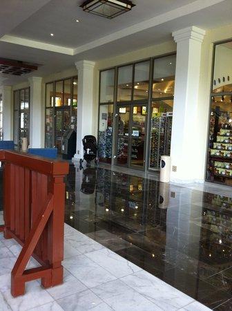 Grand Riviera Princess All Suites Resort & Spa: Shops