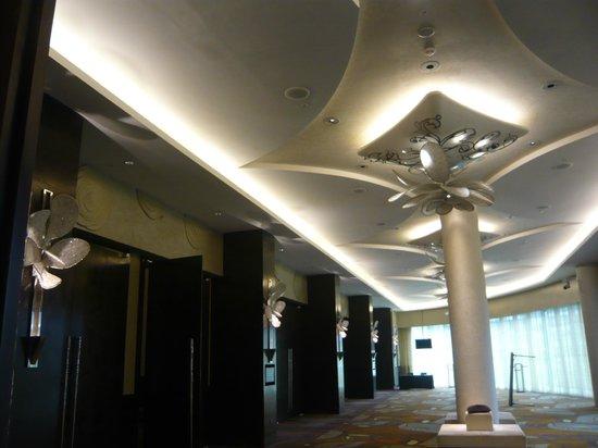 W Singapore Sentosa Cove: 会議室ホール