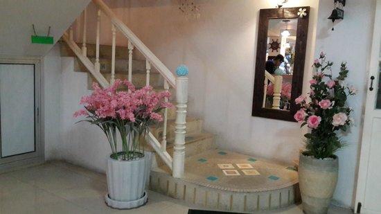 Baan Permchan Guesthouse: Hotel lobby