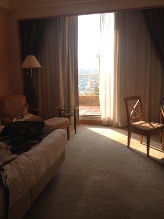 Hong Kong Gold Coast Hotel : Our room