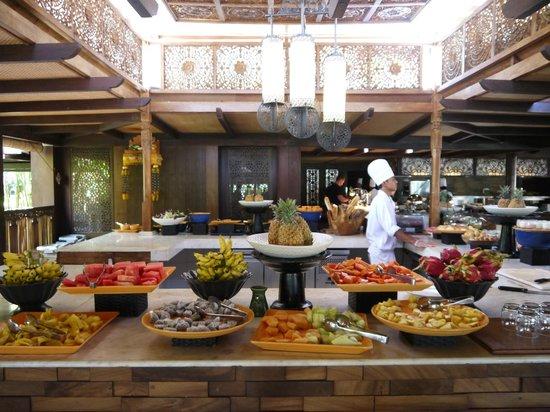 AYANA Resort and Spa: La partie fruits frais du petit déjeuner