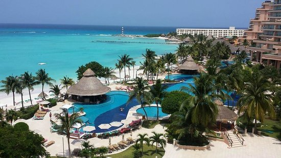 Grand Fiesta Americana Coral Beach Cancun: View from sea view room