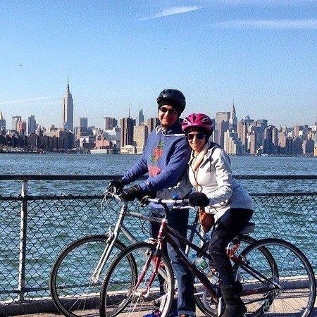 Bike the Big Apple : Manhattan Sky Line