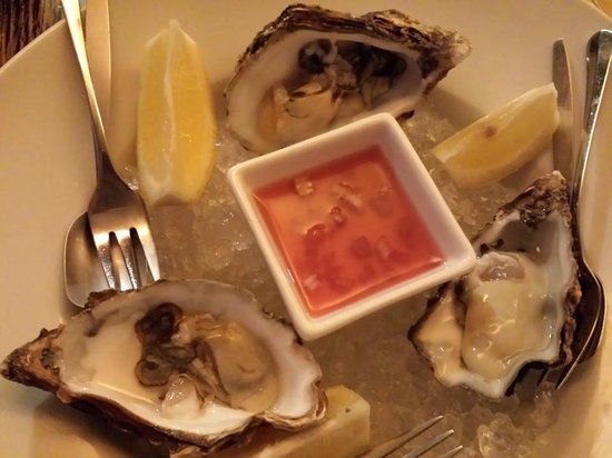 Zaza's: creamy & sweet de claire oysters
