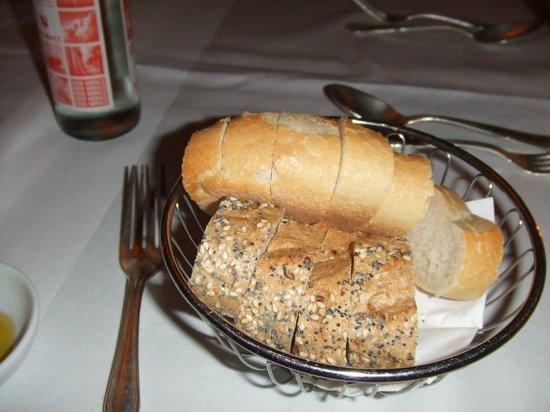 Monchsberg 32 : bread