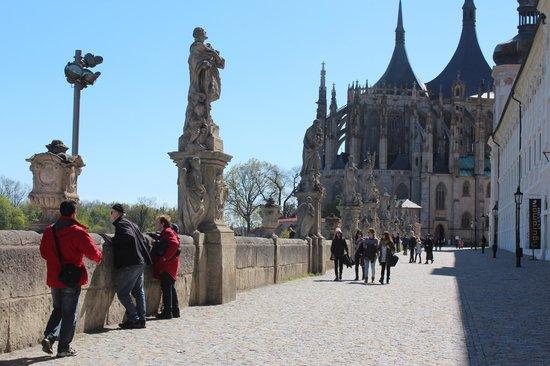Cathedral of St. Barbara: vista da catedral