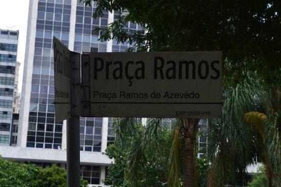 Ramos de Azevedo Square: placa da praça