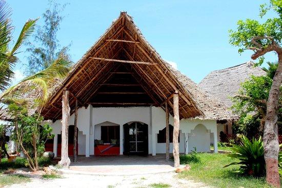 Kinyonga House