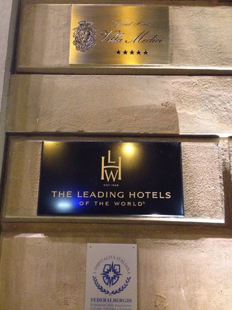 Sina Villa Medici: Sign shows that the hotel is on of the LHW group.