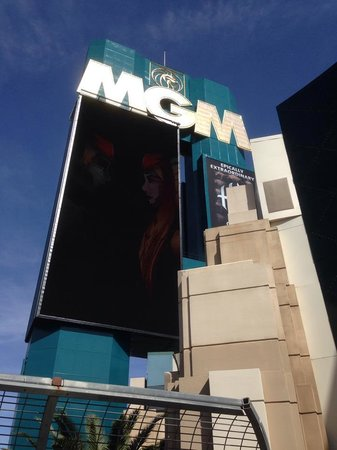 MGM Grand Hotel and Casino : MGM