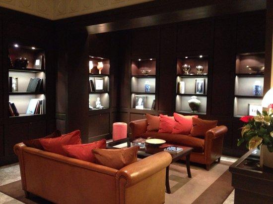 Sina Villa Medici: A part of hotel Lobby