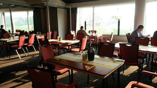 Hampshire Golfhotel - Waterland: sala colazione