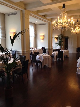 Grand Hotel Villa Medici: Breakfast restaurant