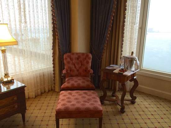 Boston Harbor Hotel: Sitting Area