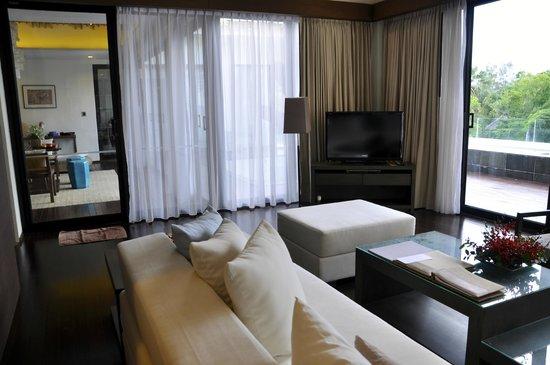 Cape Nidhra Hotel: Wohnbereich Suite