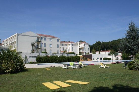 Hotel Golden Tulip Braga: Área nos fundos do hotel