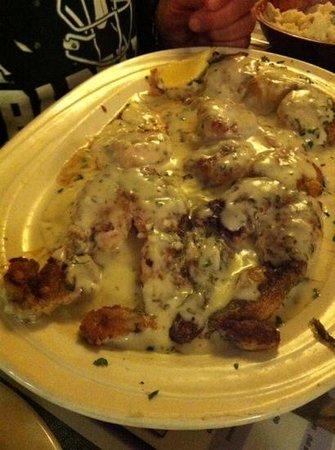 Cracklin Jacks Catfish Chicken: yummy frogs legs.. taste like chicken ;-)