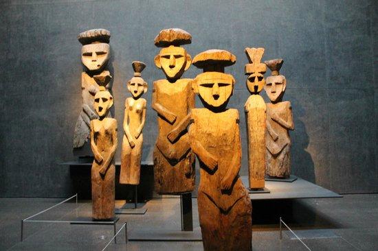 Museo Chileno de Arte Precolombino: Esculturas