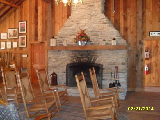 Veranda House: Cozy waiting area