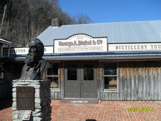 Veranda House: Heading in for George Dickel tour