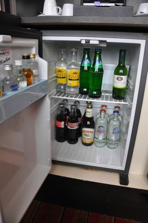 Grand Hotel Amrath Amsterdam: A Free Mini Bar comes with each room!
