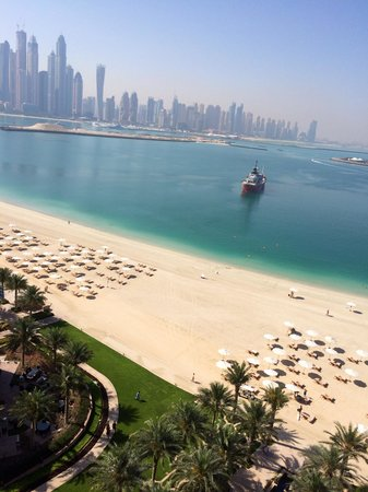 Fairmont The Palm, Dubai : Breakfast view at the Gold Lounge