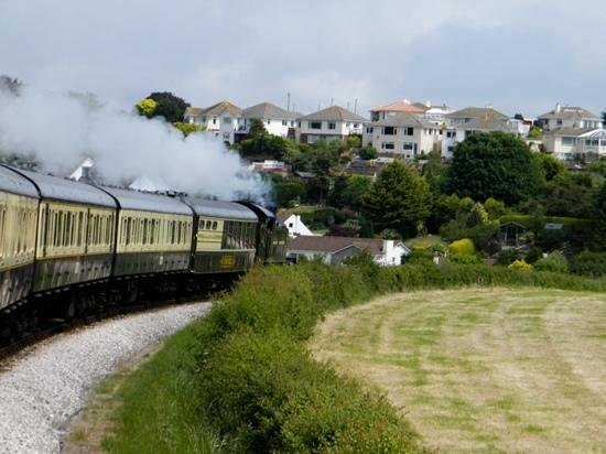 Dartmouth Steam Railway and River Boat Company: Om