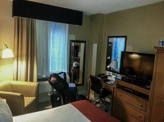 Holiday Inn Express New York City: King Bed Room