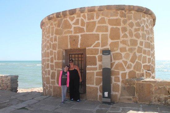 Playa de La Mata: Tower next to the toen sqaure
