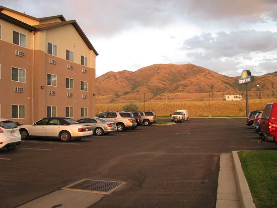 Days Inn Brigham City: Mountain view