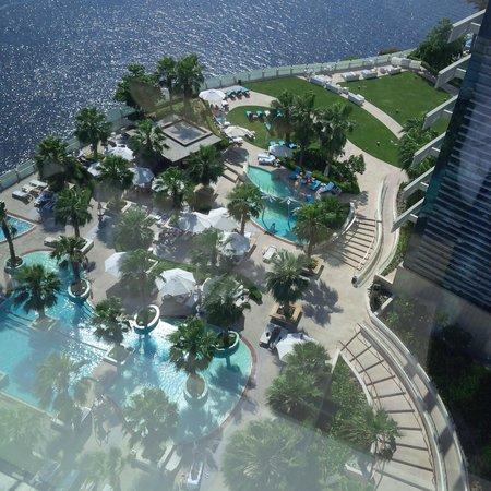 InterContinental Dubai Festival City: 4th floor pool