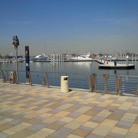 InterContinental Dubai Festival City: promenade & view of skyline
