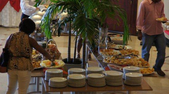 Desayuno Hotel Plaza Paitilla Inn