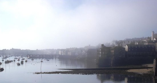 The Greenbank Hotel : Breakfast view over the bay as the fog cleared