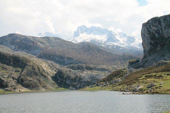 Lake Covadonga : Spectacular view