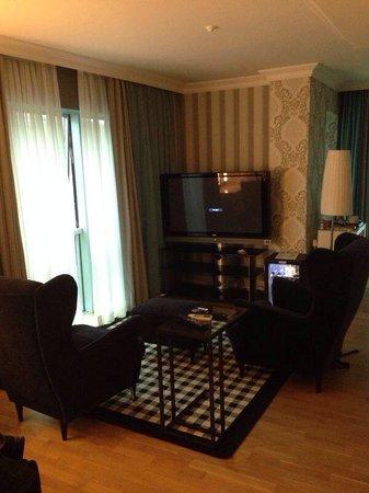 Trend Istanbul Bosphorus: Superior Suite living room