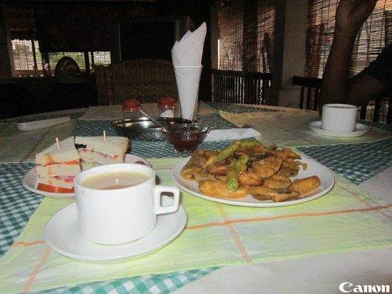 Aadithyaa Resorts Lakeside: Tea Snack