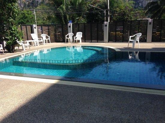 Aonang Miti Resort: Pool