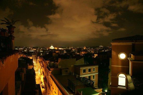 Barberini Hotel: Ночной Рим из ресторана гостиницы Барберини (2)
