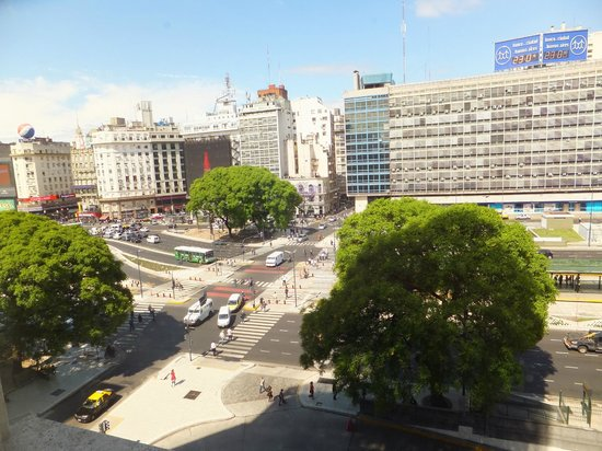 Bristol Hotel Buenos Aires: Vista da janela do quarto