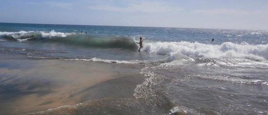 Playa de Maspalomas: Хорошо штормит