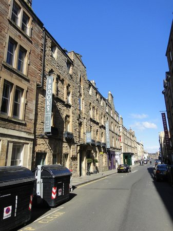 Brooks Hotel Edinburgh : View of the front
