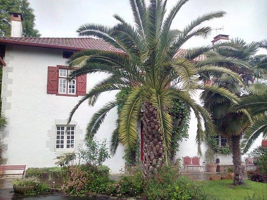 Maison la Croisade : maison côté entrée