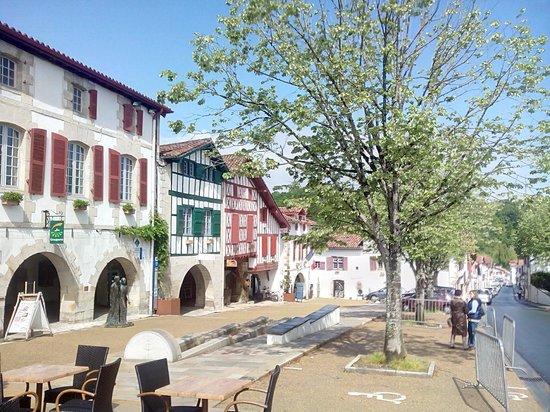Maison la Croisade : le village