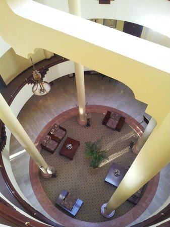 Kibo Palace Hotel: Lobby