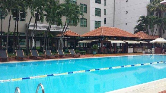 Somerset Ho Chi Minh City: pool