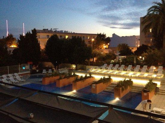 azuLine Hotel Pacific: Balcony